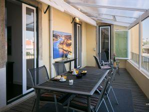 AP18 - Grand Terrace Ferienwohnung in Graça