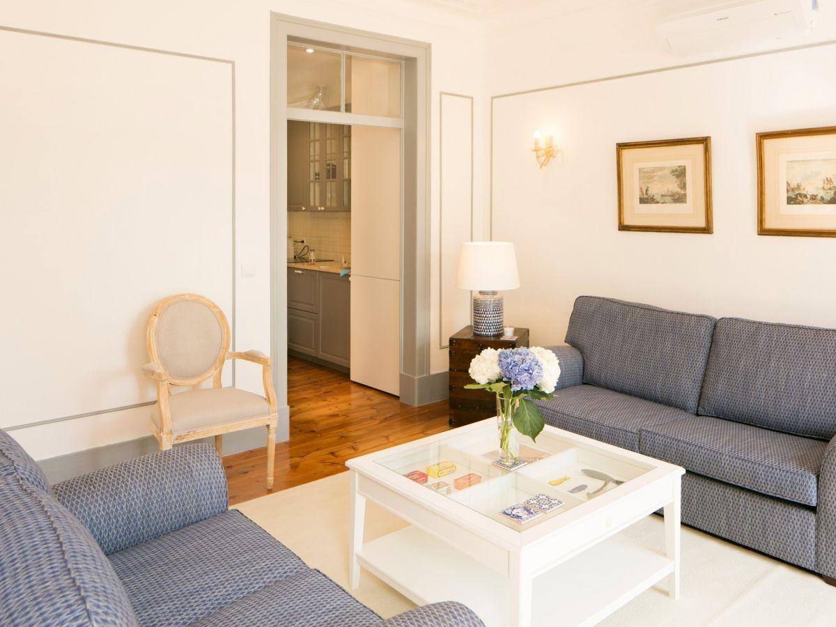 AP 20 - Luxus-Ferienwohnung, 2 Schlafzimmer und 2 Bäder, am Chiado ...
