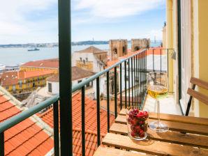 Ferienwohnung 11 mit Meerblick in Alfama