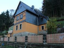 """Ferienhaus """"Kleine Kraxlhütte"""""""