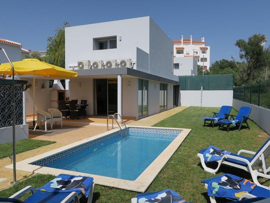 Vila Dunas mit Pool, Wlan und Klimaanlagen