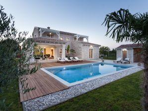 Villa 359