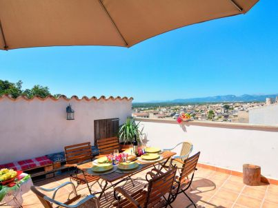 Mallorca traditional holiday village townhouse