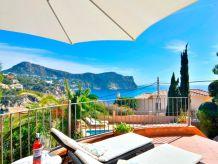 Villa Villa with incredible sea views and pool sleeps 7