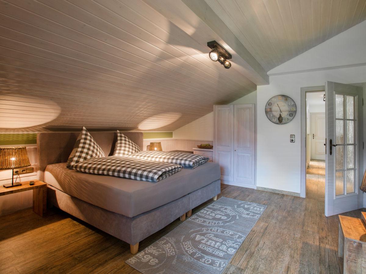 ferienwohnung landhof lavendel oberallg u oberstdorf frau lucia schleich. Black Bedroom Furniture Sets. Home Design Ideas