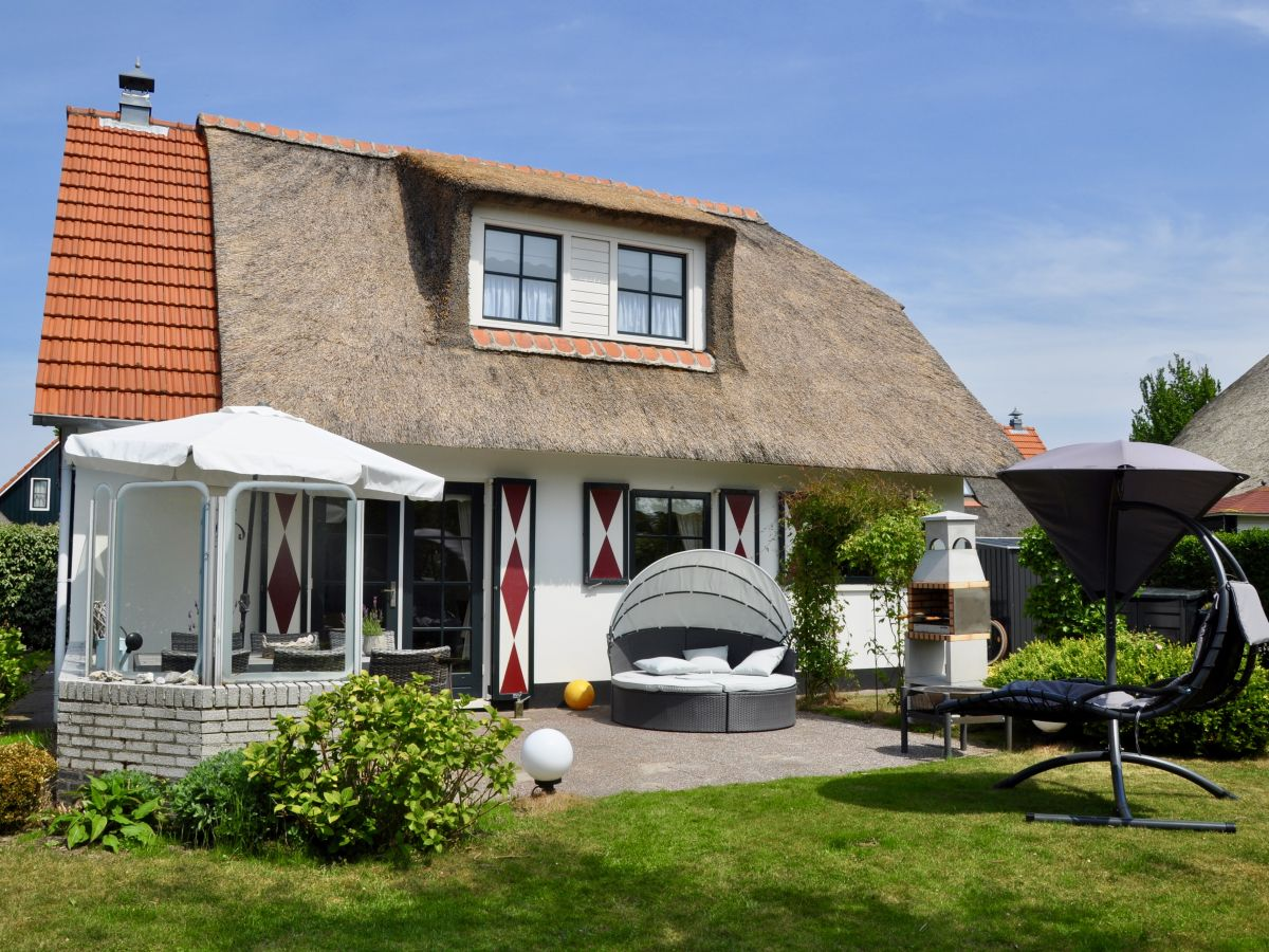 Ferienhaus Buitenplaats 67, Callantsoog, Firma Iprojekt - Frau Claudia Salminen  Ferienhaus Buit...