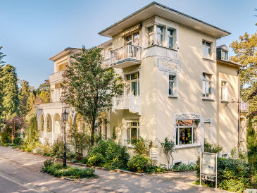 "Holiday apartment ""Fraenkel""  Villa Hedwig"