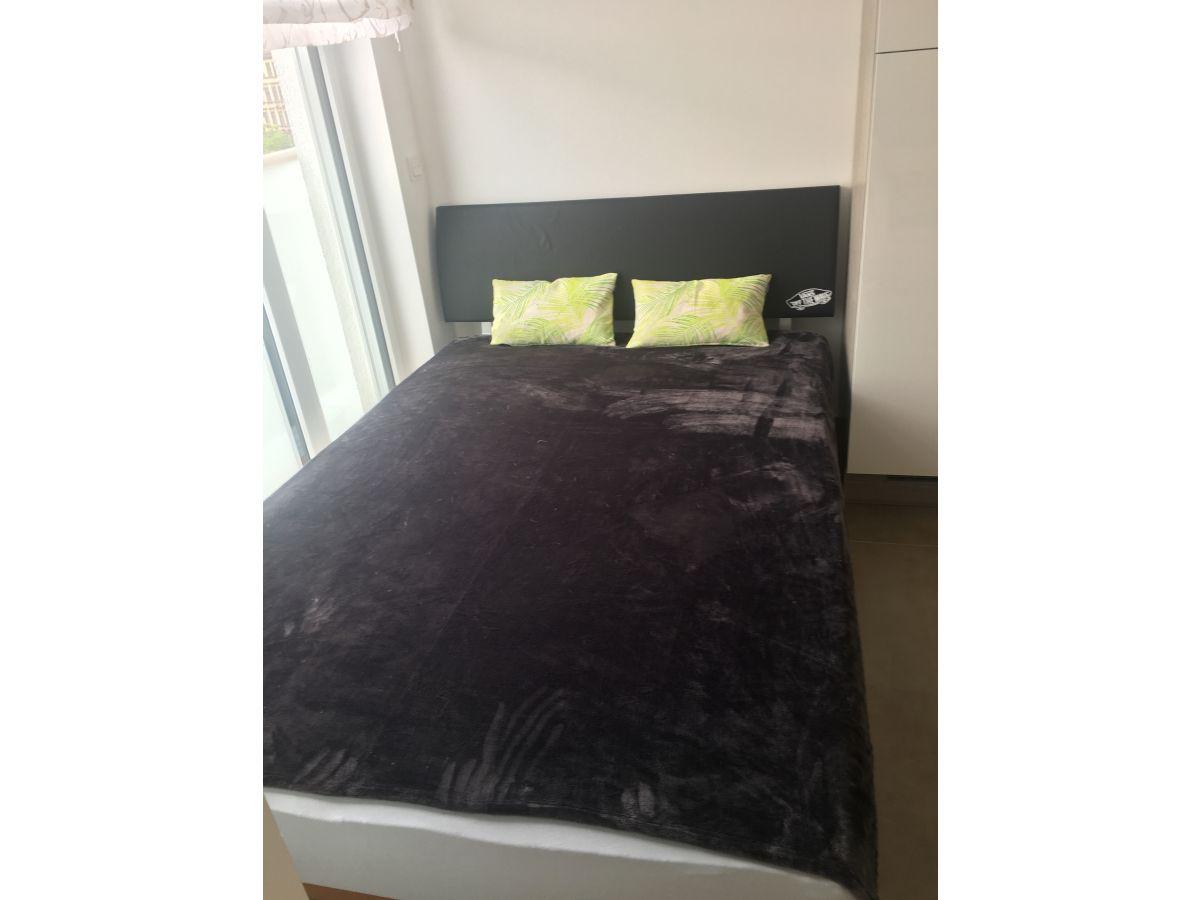 ferienwohnung atelier am palmengarten leipzig herr dr thomas eberlein. Black Bedroom Furniture Sets. Home Design Ideas