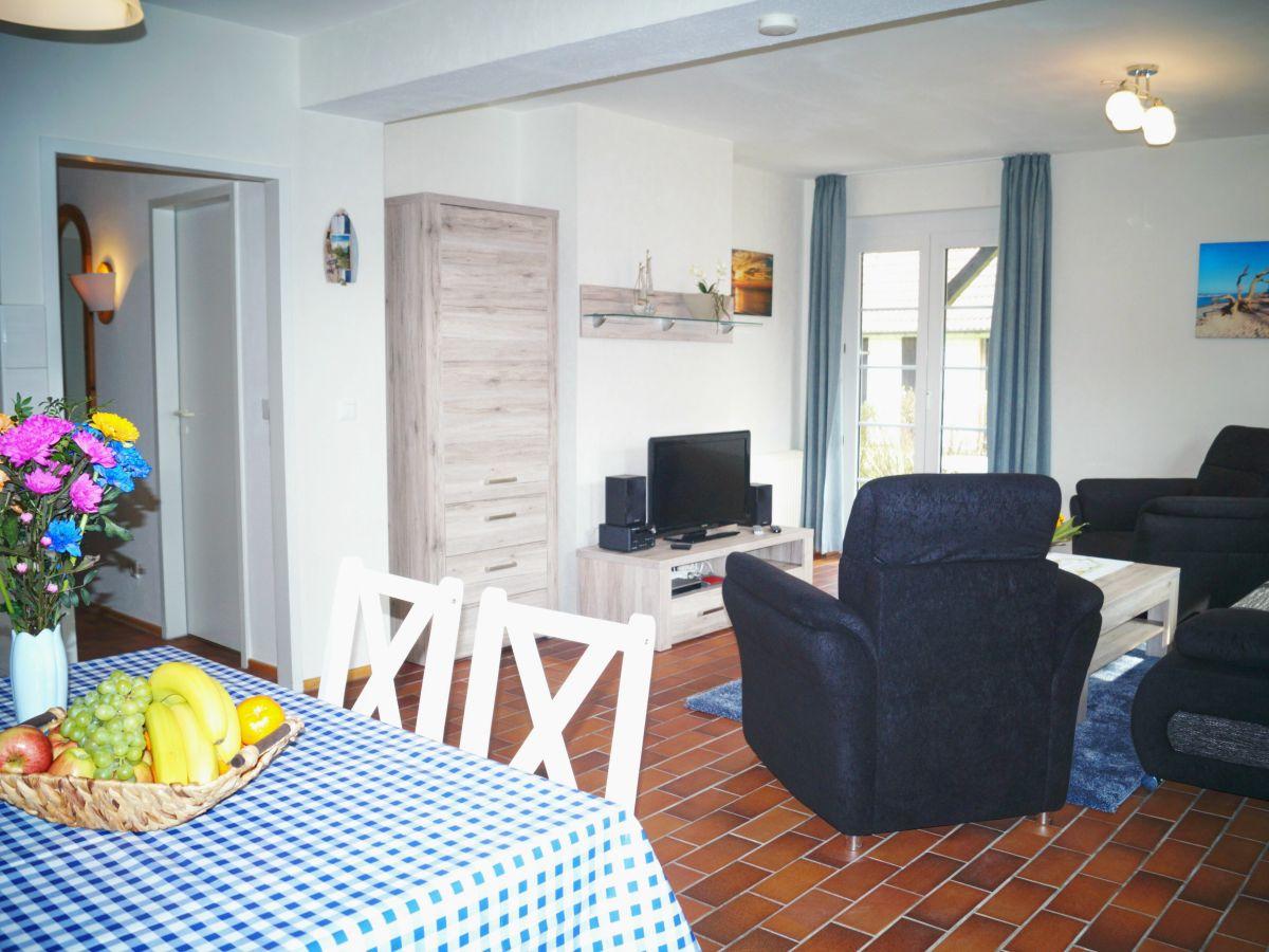 ferienwohnung meerzeit prerow firma ferienservice prerow frau simone wiens. Black Bedroom Furniture Sets. Home Design Ideas