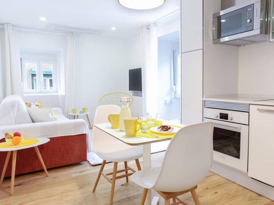 moderne ferienwohnung 9 im herzen des historischen. Black Bedroom Furniture Sets. Home Design Ideas