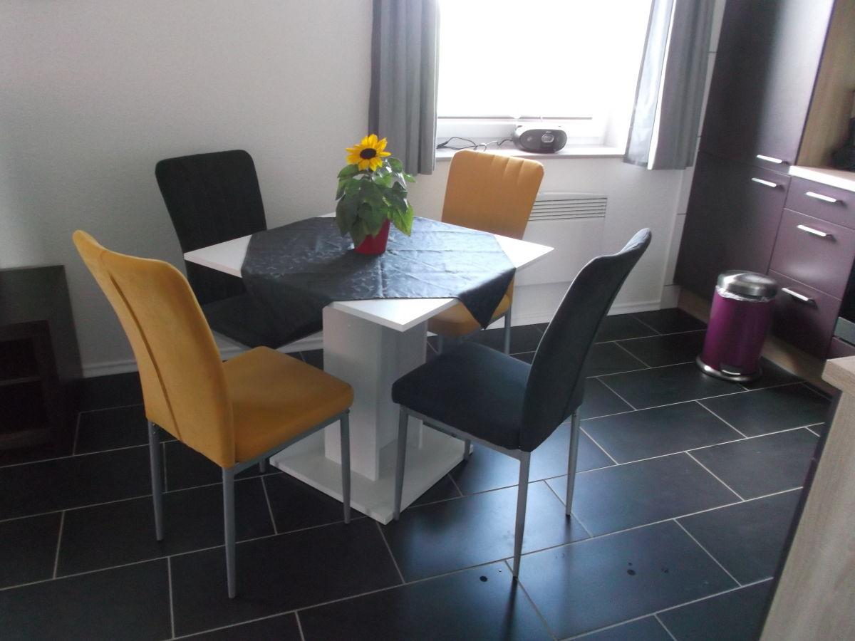 Ferienhaus jens beste stuuv geltinger bucht firma for Kleine essecke