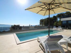 Villa Ivan mit Meerblick & Pool