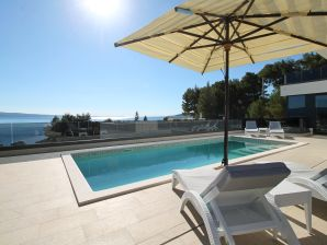 Villa Ivan with sea view & pool