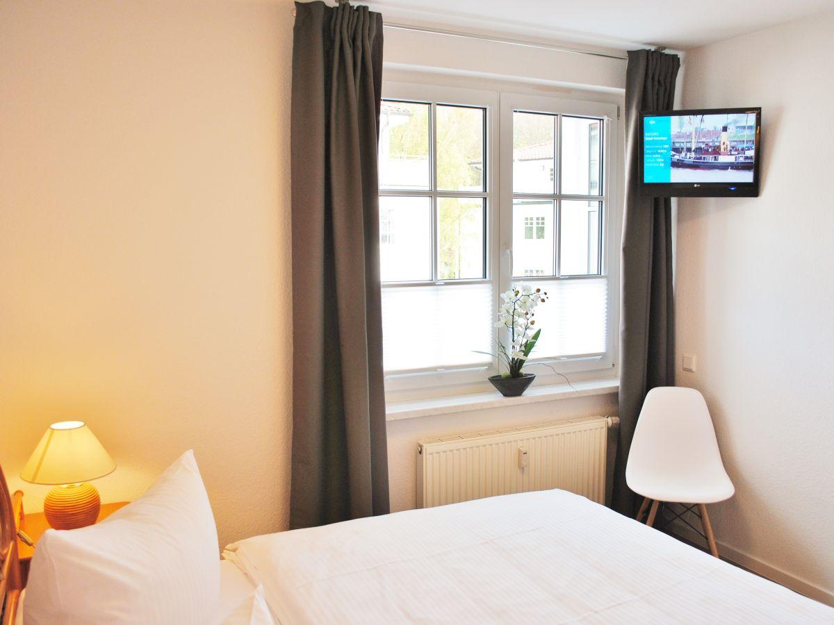 Ferienwohnung penthouse villa bakenberg binz herr thomas klitzsch - Verdunkelung schlafzimmer ...