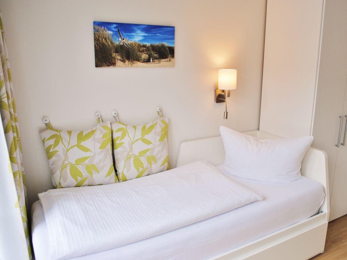 ferienwohnung penthouse villa sanddorn binz herr thomas klitzsch. Black Bedroom Furniture Sets. Home Design Ideas
