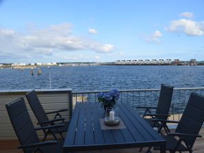 Holiday apartment Pierhaus14