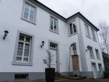 Ferienwohnung Lotzbeckpalais