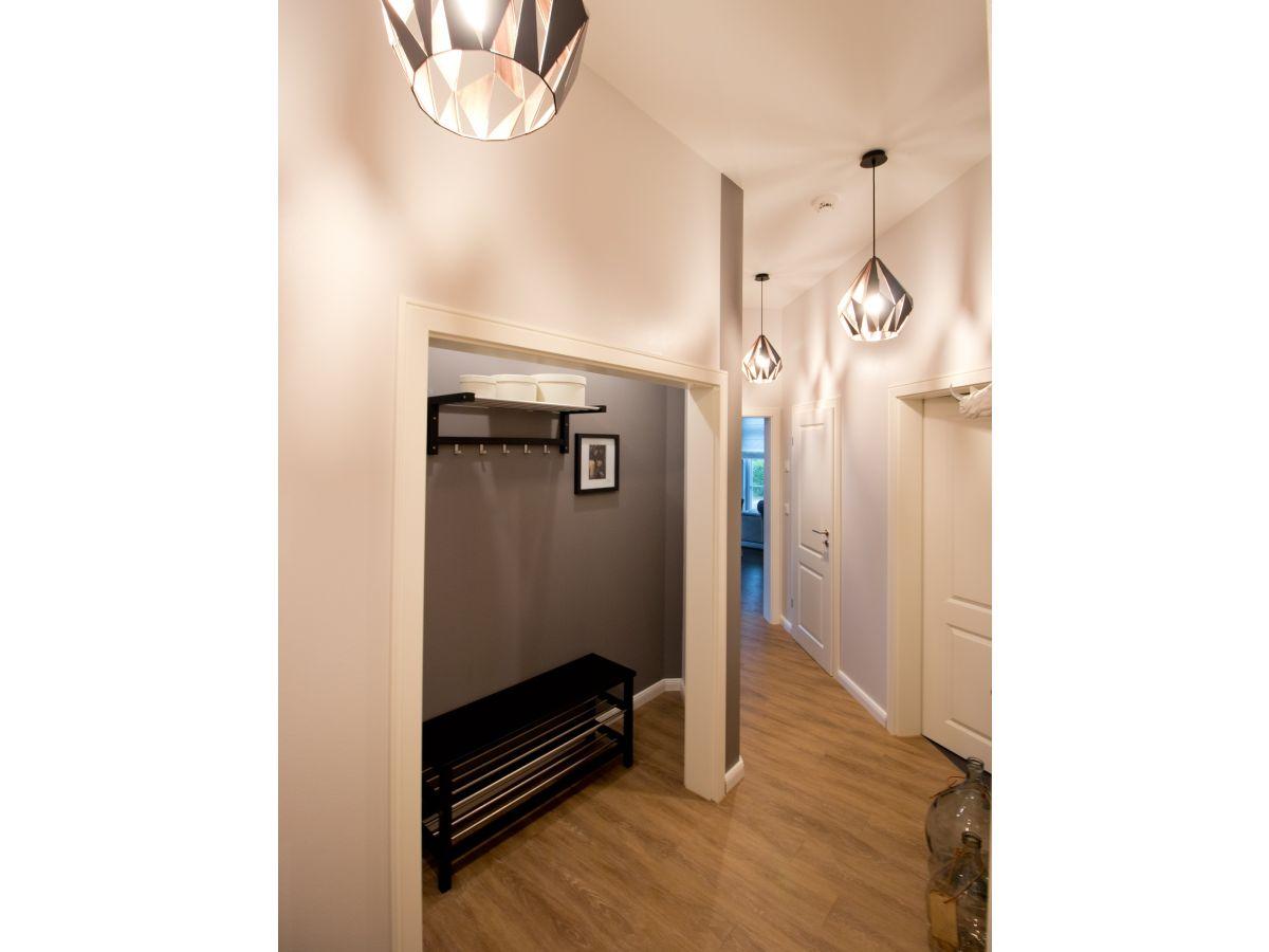 ferienwohnung hermine fischland darss zingst firma nuance ferienimmobilien frau bianka greiler. Black Bedroom Furniture Sets. Home Design Ideas