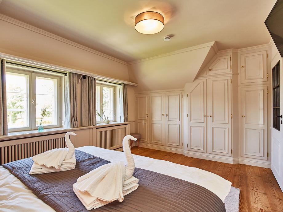 ferienhaus sch nes 3 zi eckhaus comfort oase unter reet sylt firma mrm gmbh ferienwohnungen. Black Bedroom Furniture Sets. Home Design Ideas