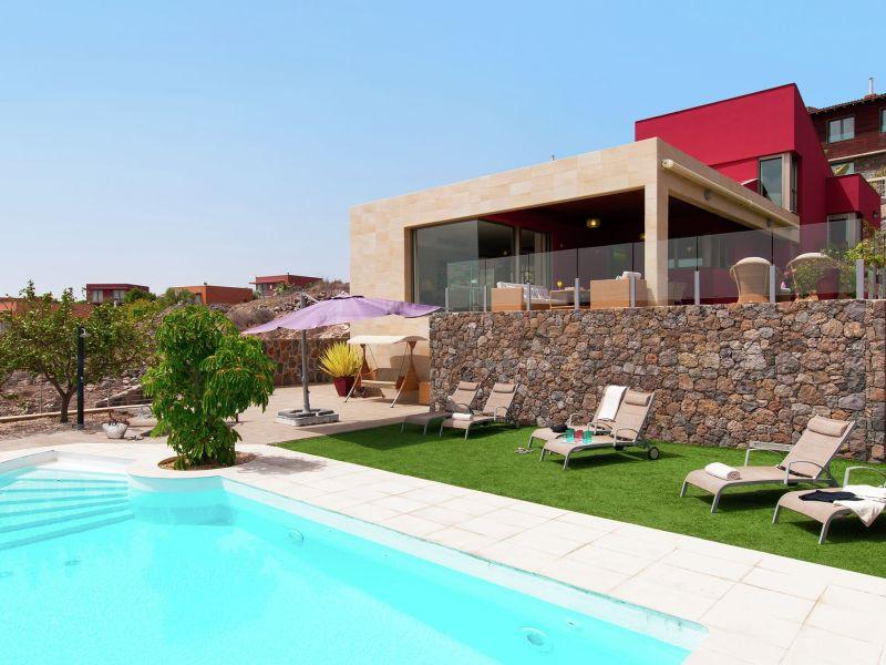 Villa Piedra Amarilla