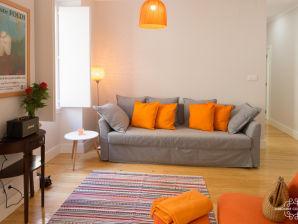 Holiday apartment Ap22 - Charming apartment, 10 min from Av. Liberdade