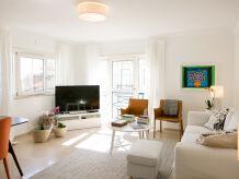 Apartment Comfortable 2-bedrooms apartment 24 in Graça