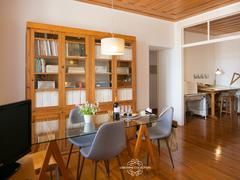 Ausstattung Ap50- Enchanting 2 bedrooms flat steps from the castle