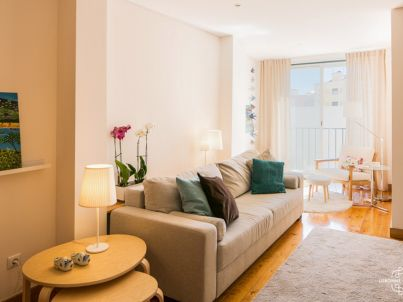 Ap 25 - Spacious and cosy apartment in Graça district