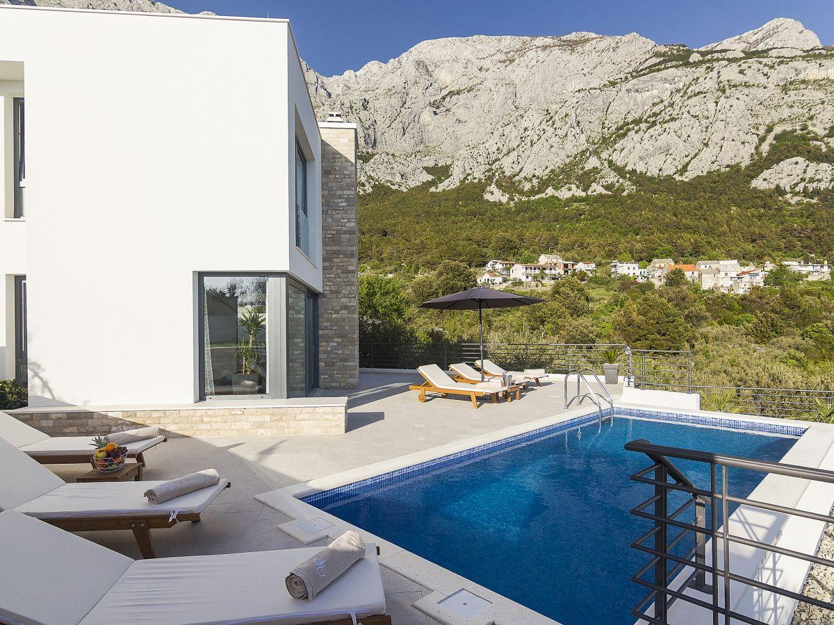 ferienhaus villa oscar in makarska dalmatien makarska riviera makarska firma prominens d o. Black Bedroom Furniture Sets. Home Design Ideas