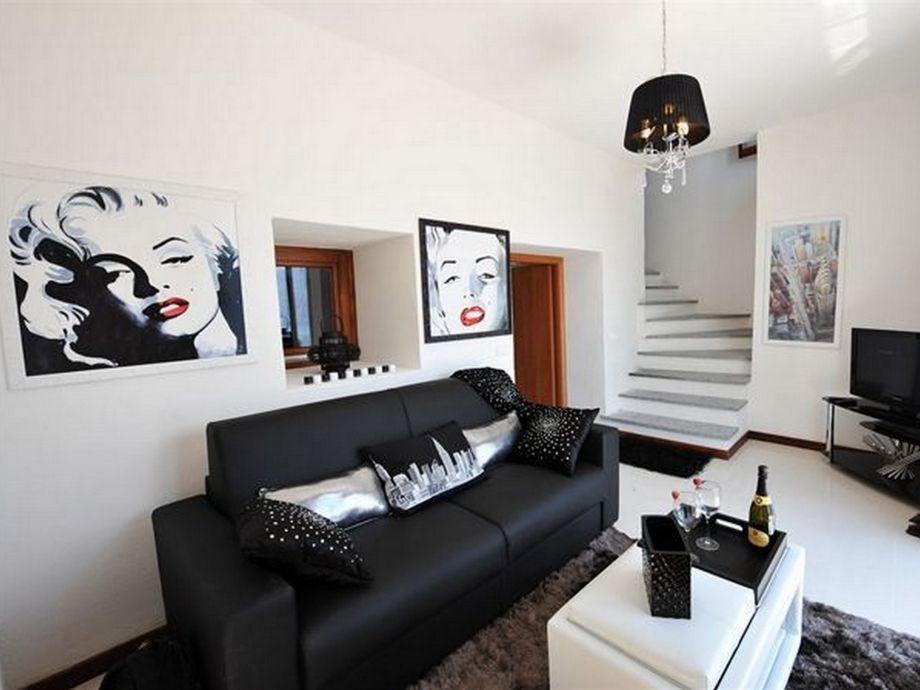 apartment balcone di pianello sole 444 lombardie. Black Bedroom Furniture Sets. Home Design Ideas