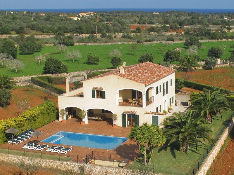 Villa Gatona I