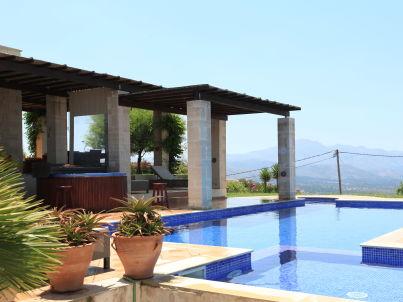 Villa Pegasus Pool u. beheizter Außenwhirlpool