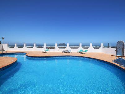 Luxurious waterfront bungalow ¨Aloe¨
