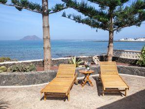 Traumhafte Villa ¨La Golondrina¨ direkt am Meer