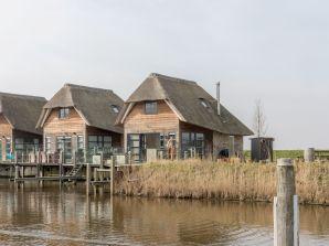 Ferienhaus Wasservilla Zuiderhoeve - Small Family