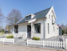 Ferienhaus Wasservilla Zuiderhoeve - Hafenhaus 4P