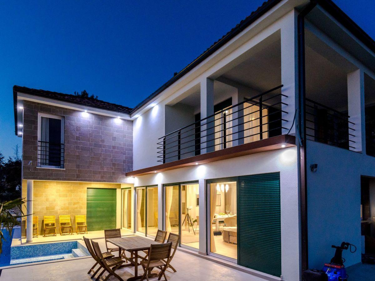 Villa Royal, Dalmatien - Firma Croatia Luxury Rent d.o.o. - Croatia ...