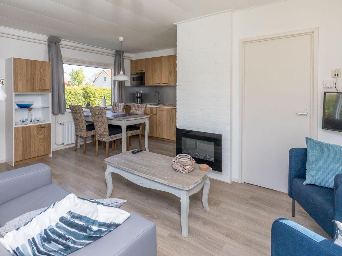 ferienhaus horizon 81 zeeland renesse firma sorglos urlaub in zeeland frau lara koppenaal. Black Bedroom Furniture Sets. Home Design Ideas