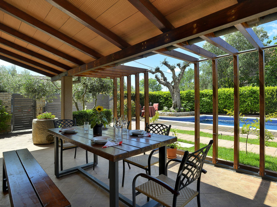 villa cadetta sisan istrien firma tourist agency luna. Black Bedroom Furniture Sets. Home Design Ideas