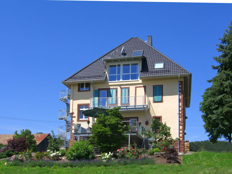 "Holiday apartment ""Gelb"" Villa Geisenhof"
