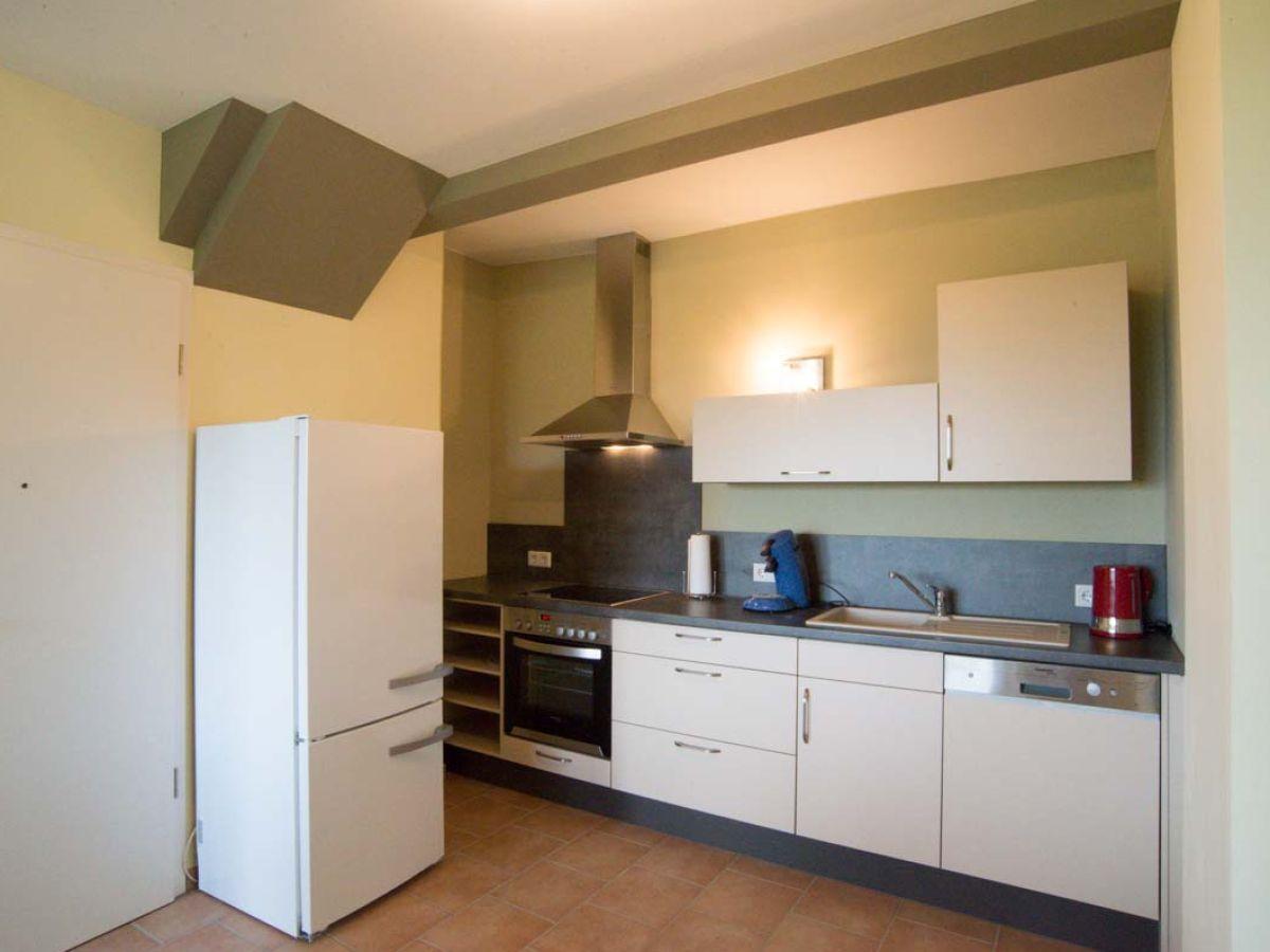 ferienwohnung gelb villa geisenhof odenwald maintal miltenberg firma reuter schmidt gbr. Black Bedroom Furniture Sets. Home Design Ideas