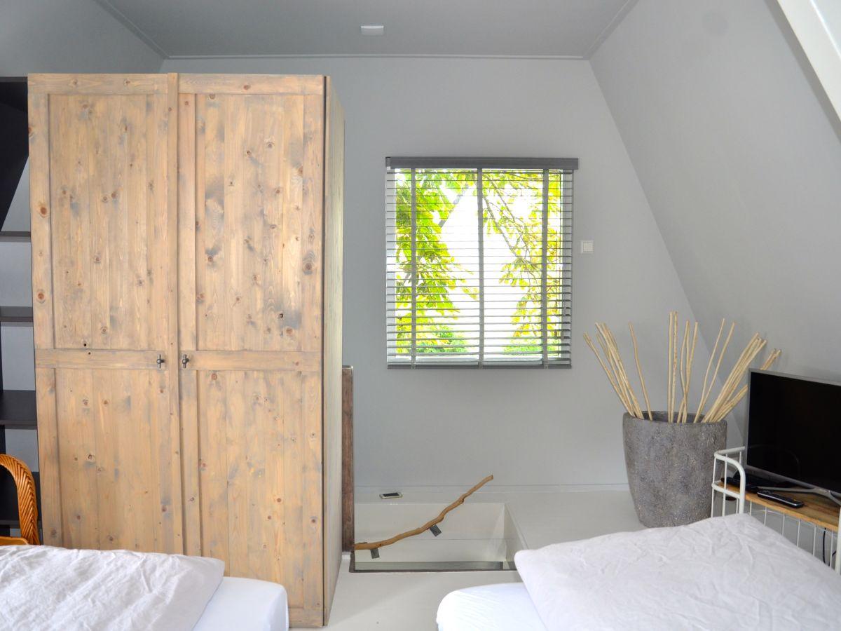 ferienhaus bergerac bergen bergen aan zee holland schoorl egmond firma b home with us. Black Bedroom Furniture Sets. Home Design Ideas