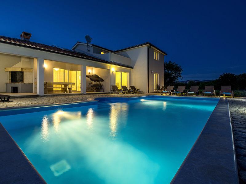 Villa Dream mit Pool