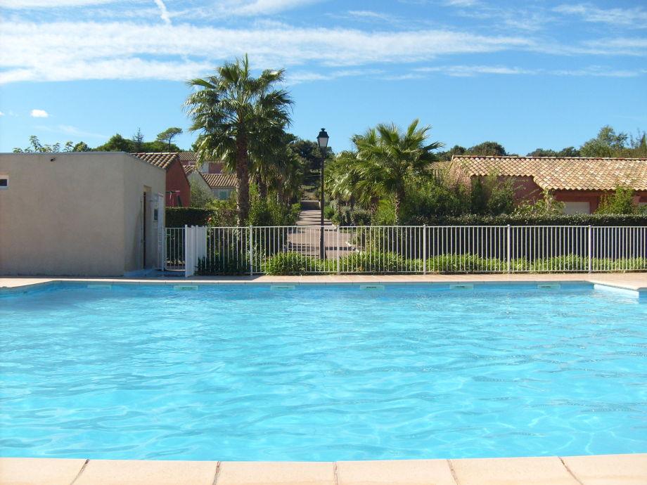 Der Pool in Green Village inkl. Kinderpool