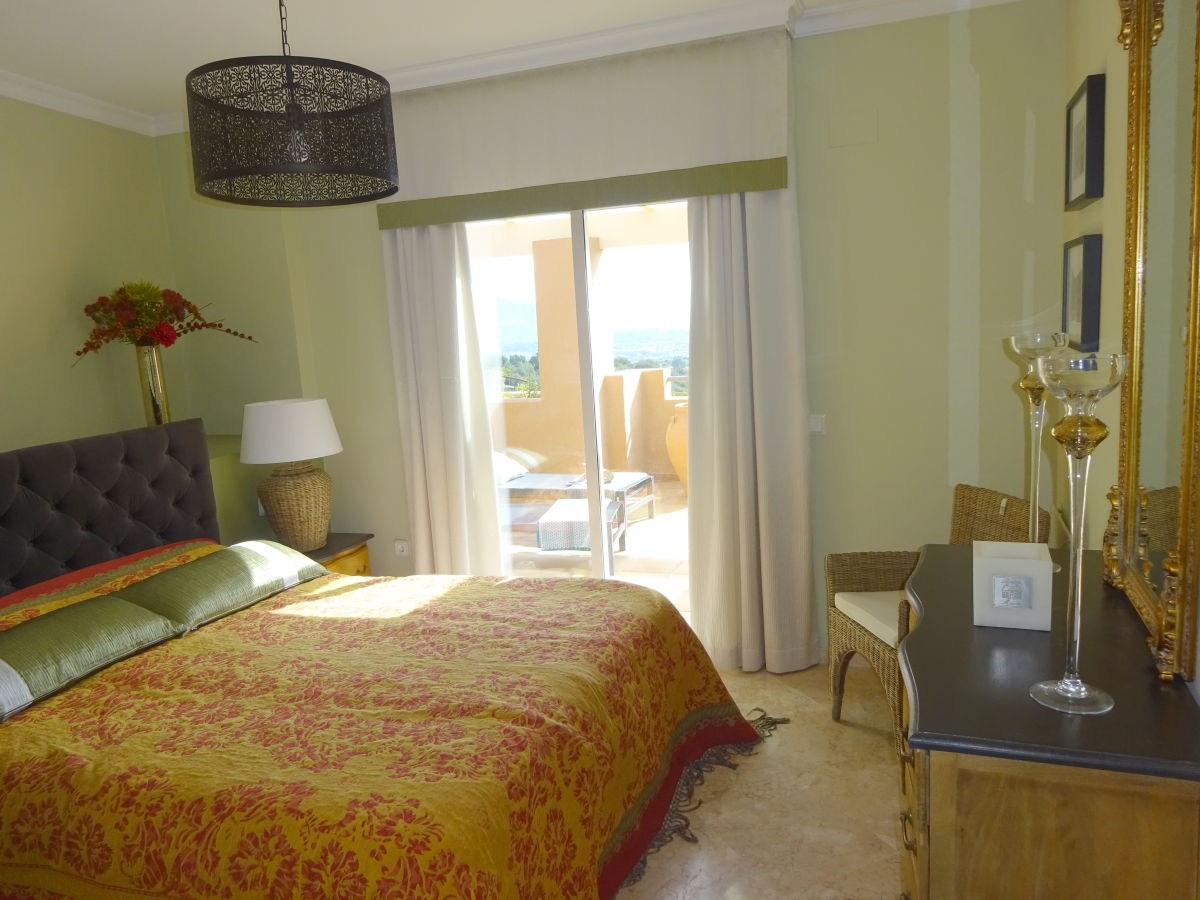 ferienwohnung penthouse campoamor costa del sol la mairena firma espana holiday frau. Black Bedroom Furniture Sets. Home Design Ideas
