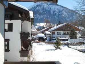 """Alpenflair Ferienwohnung 212 """"Alpenglück"""""""
