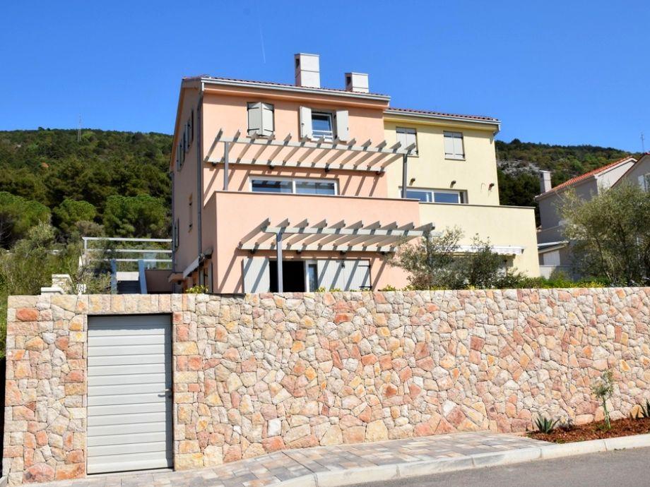 Apartment with pool - Pearl of Cres