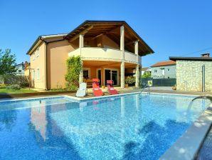 Villa 576