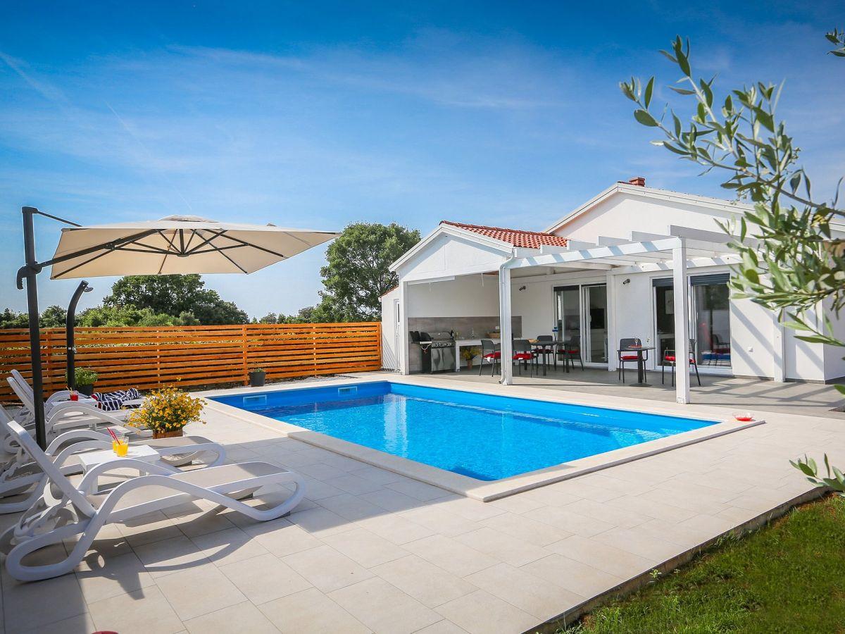 Villa Sunrise, Stinjan, Pula, Istrien - Firma Istria home ...