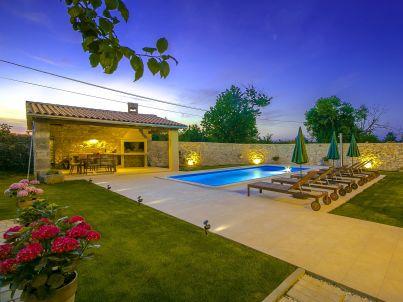Villa Hisina
